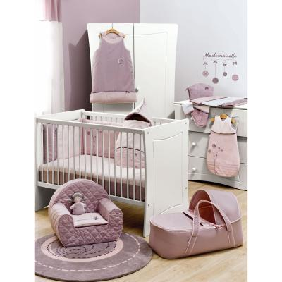 Pome gigoteuses linge de lit et fauteuils de la for Tapis pour chambre petite fille