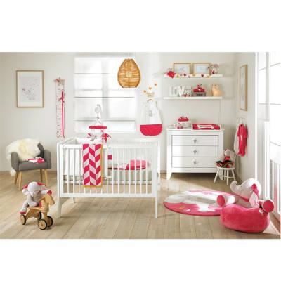 Anna et pili linge et jouets pour bb de la marque noukie 39 s for Chambre bebe noukies